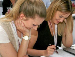 Evalanche Partner Day Brainwriting mit Gabriele Horcher Zweiergruppen